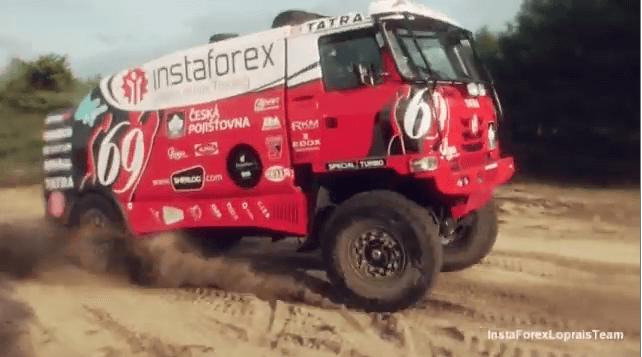 InstaForex Loprais Team: новый грузовик способен побеждать!